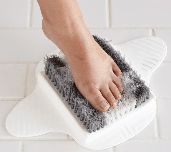 foot scrub photo